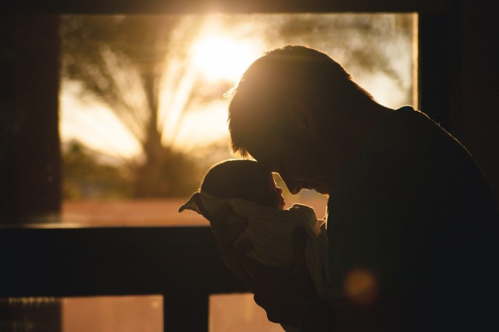 baby, child, father-2616673.jpg